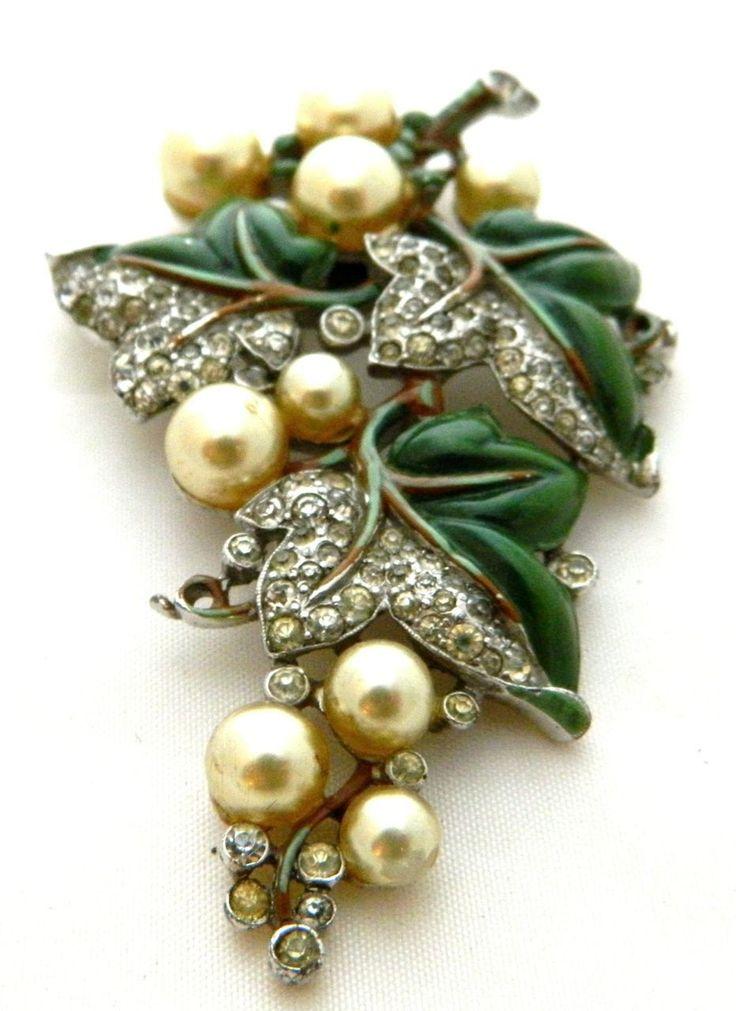 TRIFARI 1940 Enamel and faux pearls A. Philippe Grape fur clip pin Brooch