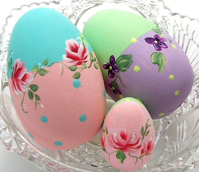 Hand Painted Ostrich Size Easter Eggs