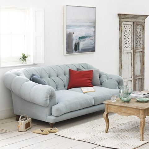 Bagsie sofa in ocean vintage linen with Guernsey rug