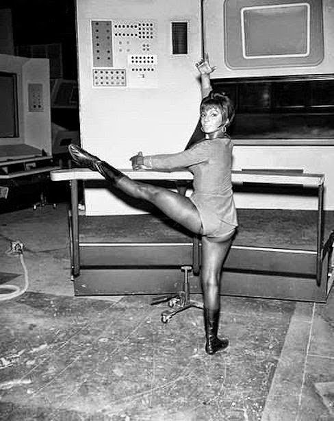 The Geek Twins: See Uhura do Ballet in Rare Behind-the-Scenes STAR TREK Photos