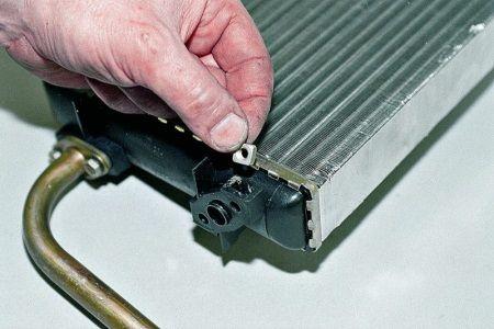 Вовремя заменить радиатор - продлить срок службы авто : замена сцепления , ремонт кпп ,замена ремня грм, ремонт акпп Автосервис в Подольске