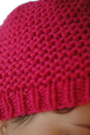 bonnet adulte tricoté aux aiguilles et au point mousse - LeComptoir