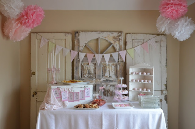 Pink vintage shabby-chic baby girl shower