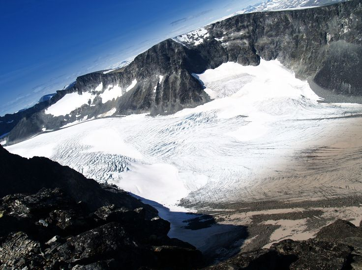 Isbreen ved Galdhøppigen  Pris 250 NOK