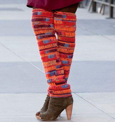 Fuente: http://www.redheart.com/free-patterns/thigh-high-leg-warmers