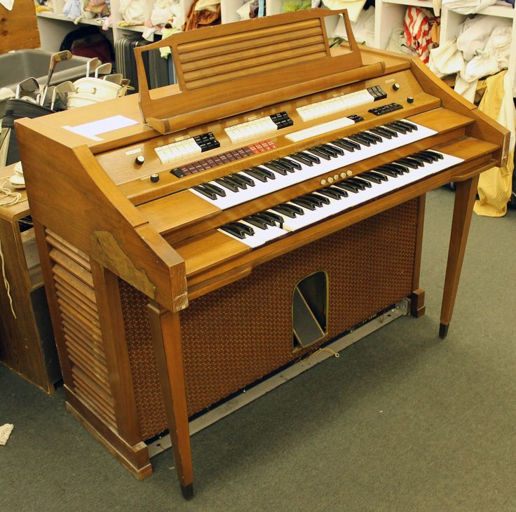 Baldwin organ 25 as is in our clearance shop do you