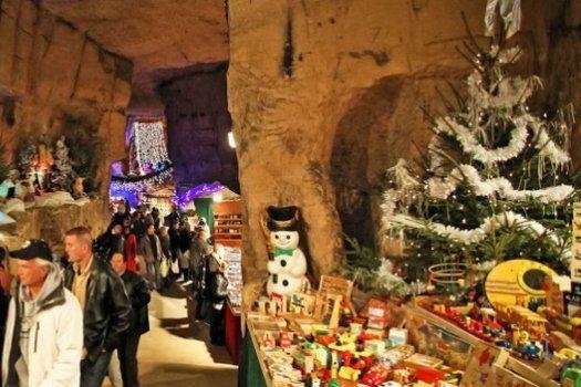 In #Valkenburg, #Limburg kun je een ondergrondse #kerstmarkt bezoeken. Durf jij?