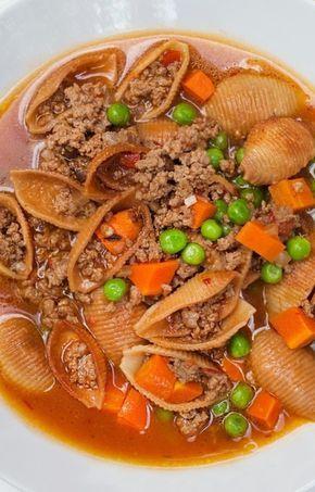 Sopa de Conchas Con Picadillo (Pasta Shell Soup With Ground Beef)