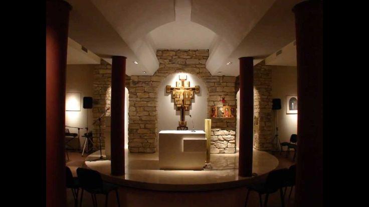 dynamicznie zaprezentowane zdjęcia kaplicy