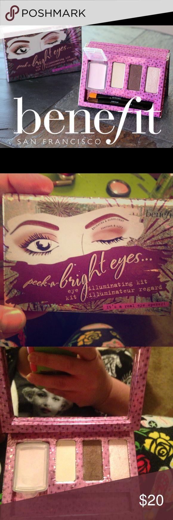 Benefit peek-a-bright eyes illuminating kit Benefit peek-a-bright eyes illuminating kit-swatched only-missing brush-primer-& 3 shadows in cute compact box 😍 Benefit Makeup Eyeshadow