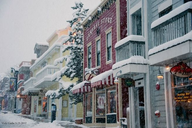 stowe vermont village Christmas | 10 Best Ski Resorts for Christmas Holiday: Photo Gallery by 10Best.com