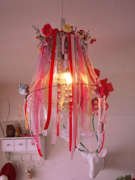 25 unieke idee n over doe het zelf kroonluchter op pinterest doe het zelf lamp rustieke - Cabine slaapkamer meisje ...