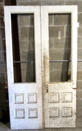 Nice set antique double entrance french doors for Small double french doors