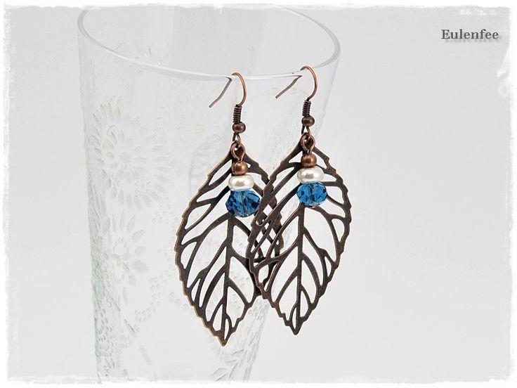 Blatt Ohrringe Kupfer Glasperle Blau von Eulenfee -  Schmuck von Modern-Style bis Vintage-Look auf DaWanda.com