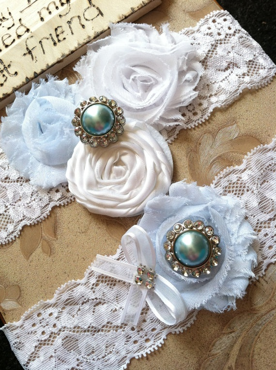 ivory / White wedding garter / bridal  garter/  lace garter / toss garter / Something BLue wedding garter / vintage inspired lace garter