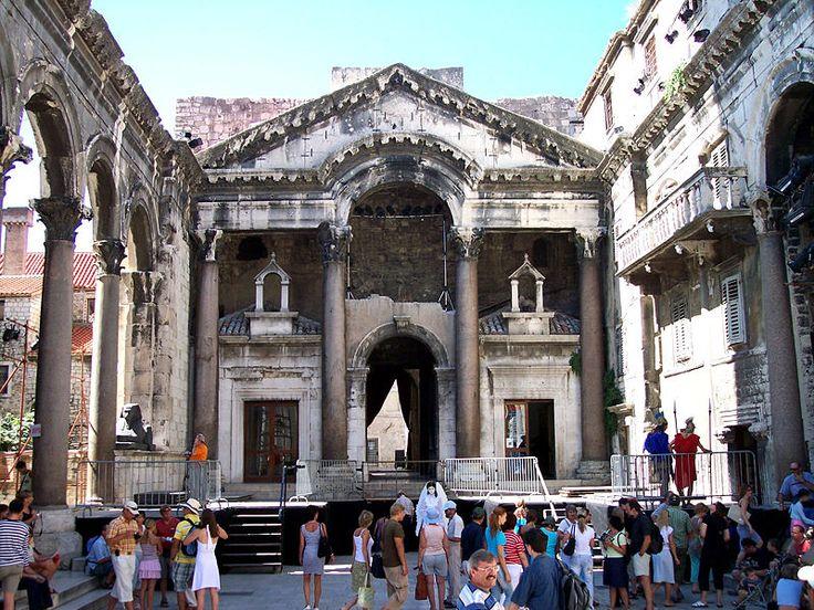 Венецианское окно: