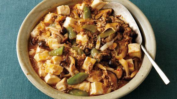 ワタナベ マキ さんの豚ひき肉,木綿豆腐を使った「ひき肉と豆腐のとろっと煮」。オイスターソースでマイルドに仕上げたマーボー風おかずです。野菜をプラスしているので食べごたえがあります。 NHK「きょうの料理」で放送された料理レシピや献立が満載。