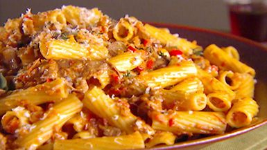 Giada De Laurentiis - Rigatoni with Vegetable Bolognese