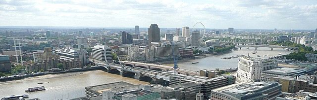Find out What's On in South West London, Restaurants in South West London, Shopping, Sightseeing, Sports, Events, Night Clubs, Places to stay, Hotels, with our comprehensive website.
