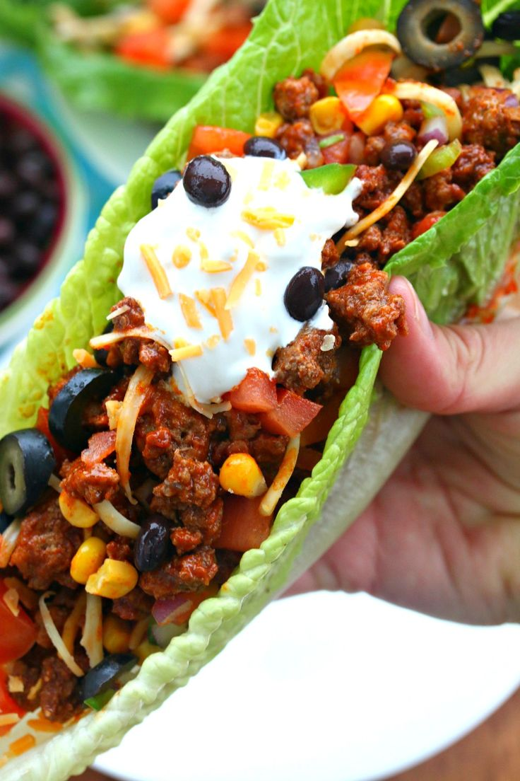 Turkije Taco sla wraps: Deze maaltijd is vol van magere eiwitten  en hartige groenten, perfect voor uw volgende Mexicaanse 's nachts!  je kunt ook kip of vis gebruiken wat je wilt