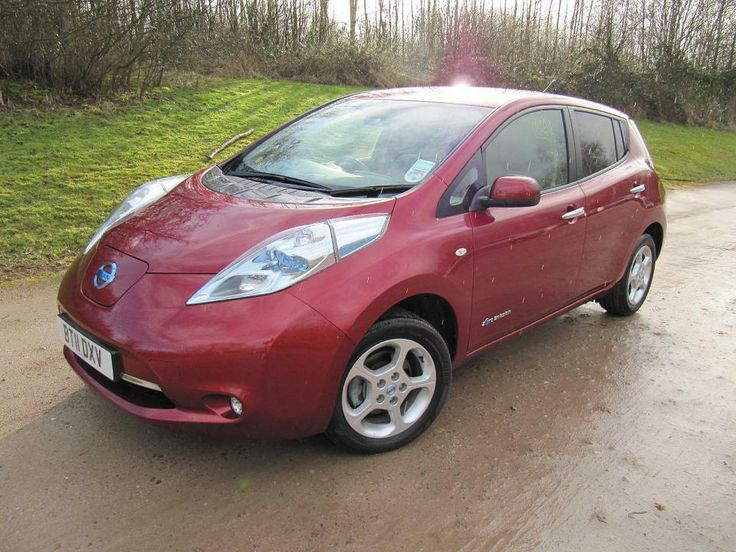 Red Nissan leaf for sale from eco-cars.net