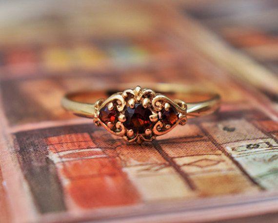 Antique Victorian Garnet Ring Yellow Gold by PrettyDifferentShop