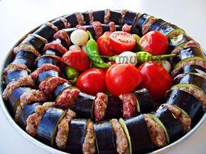 Güzel şehrimiz Gaziantep yöresine ait bir yemekle aranızdayım.Tabii ki yemegin aslı mangal ateşinde pişenidir.Ama eldeki imkanlar dahilind...