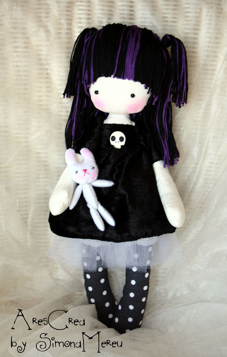 Evelyn #handmade #gothic #doll by AresCrea on Facebook