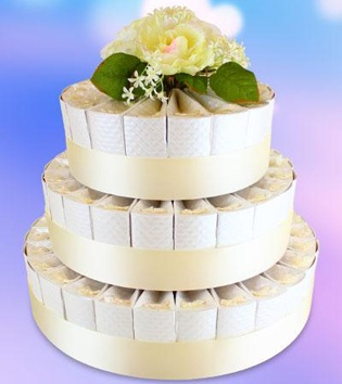 Personalized white wedding cake boxes