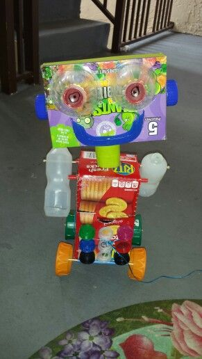 Robot made from recycled materials my preschoolers earth for Waste material project for kids