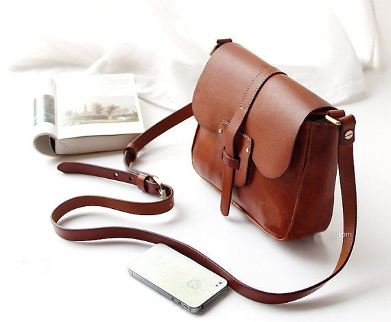 Best 25  Vintage leather bags ideas on Pinterest