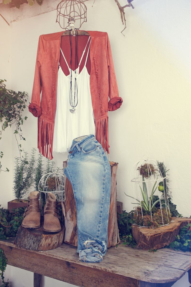 New Romantic Collection – Agosto 2015 / Ir a comprar chaqueta: www.tennis.com.co