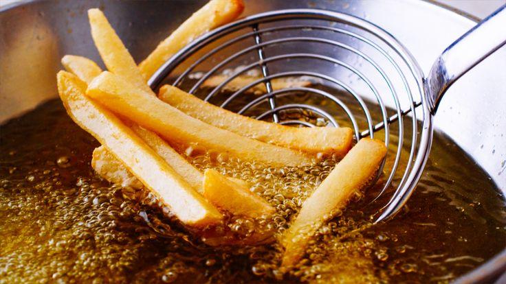 Zo krijg je de frituurlucht uit je keuken