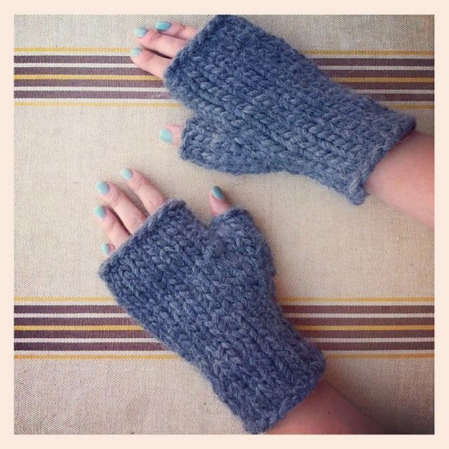 188 best quick knits and crochet patterns images on pinterest ravelry fast fingerless mittens pattern by stash lounge super bulky free dt1010fo
