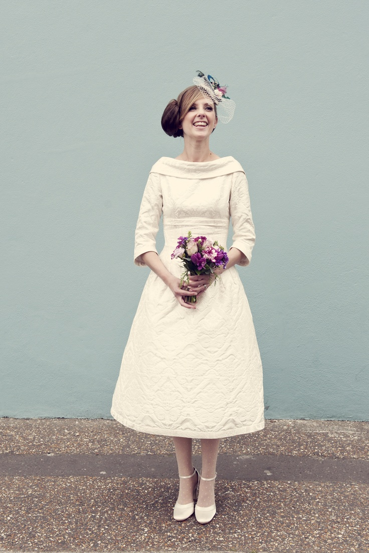 sussex based vintage style photographer quirky fun wedding bride posie country flowers