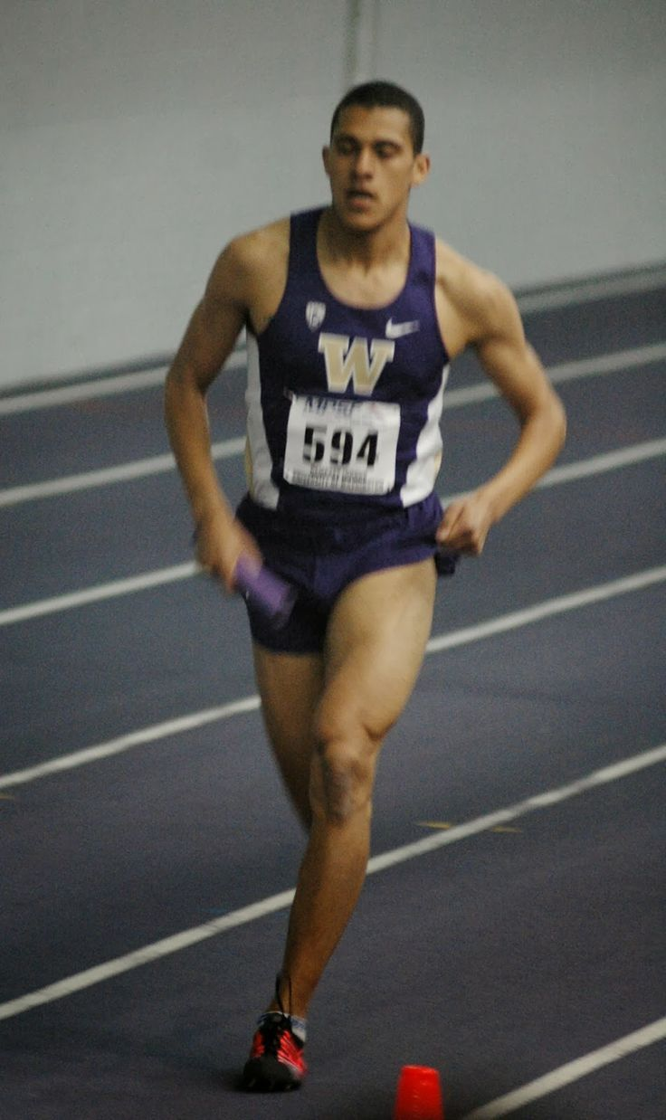 Dawgs sweep distance medley relays and get win in women's pole vault at MPSF meet...