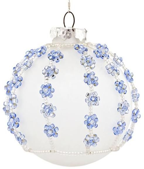 FREE Pattern! Snowy Skies Ornament from FusionBeads.com featured in Bead Patterns.com Newsletter. Check it out for more featured FREE beading patterns/tutorials!
