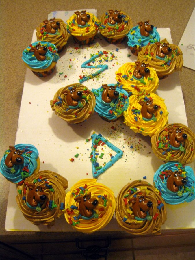 scooby doo cupcakes | , but wanted Scooby Doo. I used the colors that came w/the Scooby Doo ...