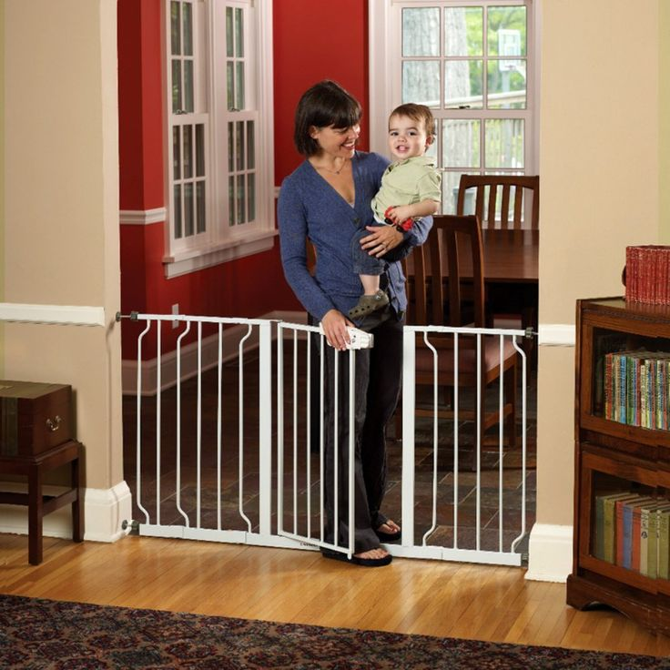 Regalo Extra Wide Baby Gate expands up to 5 feet in width.