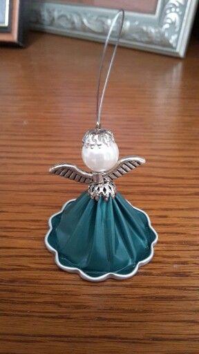 Great piece of #DIY artwork: A #Nespresso angel