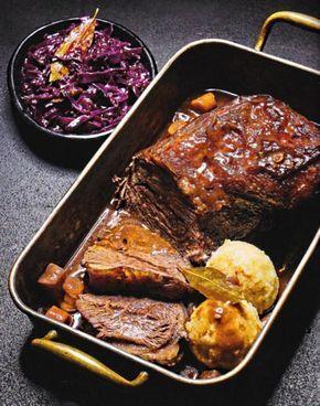 Rezept Rinderschmorbraten mit Rotkohl und Kartoffelklössen Kochbuch BEEF! Band 5 Nose to Tail 2016 Tre Torri Rindfleisch Schulter Schmoren Sauce Rotwein