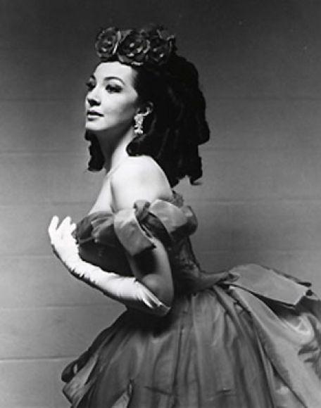 Role: Violetta  Singer: Anna Moffo  Opera: La Traviata (G. Verdi)