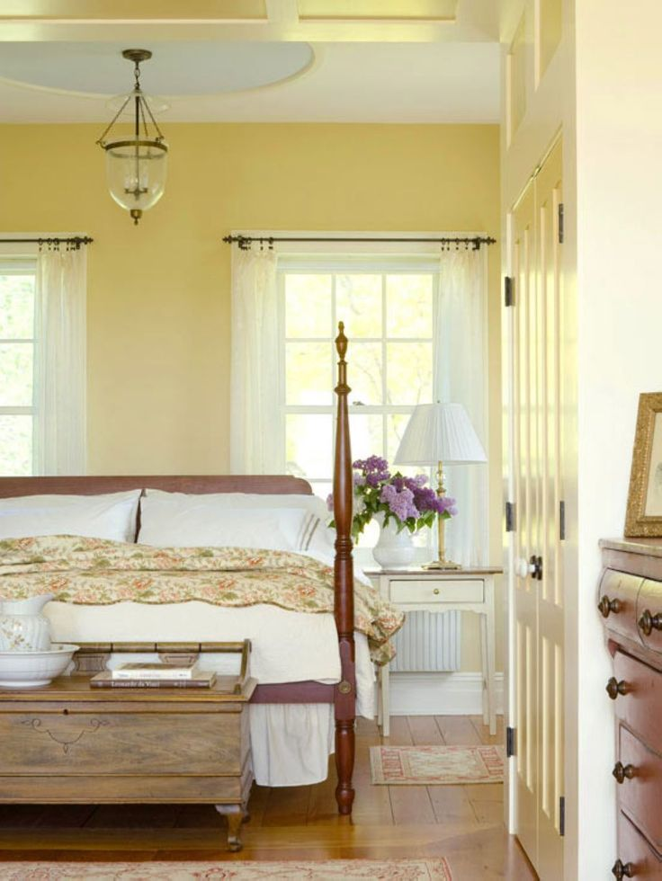 Breathtaking 42 Farmhouse Style Master Bedroom Decorating Ideas https://toparchitecture.net/2017/11/09/42-farmhouse-style-master-bedroom-decorating-ideas/