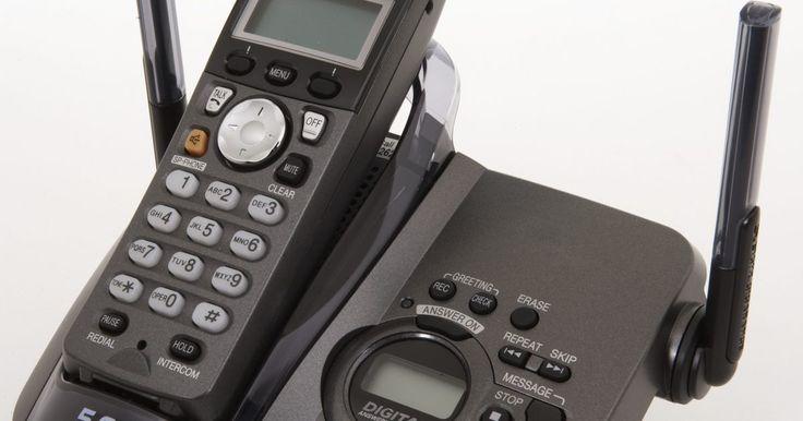 Como bloquear chamadas em um Uniden DECT 6.0?. O telefone sem fio Uniden DECT 6.0 opera em uma banda de frequências de 1.96 gigahertz (GHz), o que significa que não interfere com objetos metálicos ou sinais do interior da casa. Também possui várias características, como o bloqueio de chamadas, o que pode ser útil se você quiser evitar ligações de números desconhecidos ou privados. Com essa ...