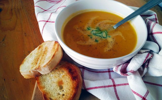 Food's Language: CARROT AND GINGER SOUP