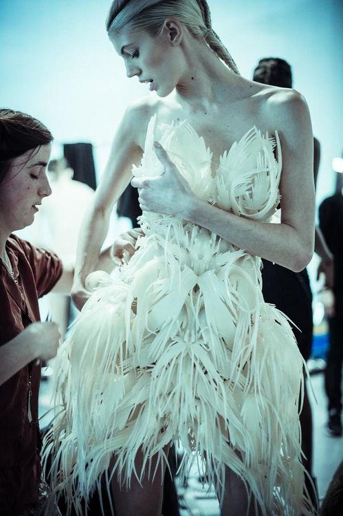 Iris Van Herpen Futurist Fashion at Dallas Museum of Art – Fubiz Media