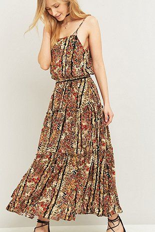 128 UO online exlusive/ Barton Hollow vid dress Free People Valerie Floral Maxi Dress