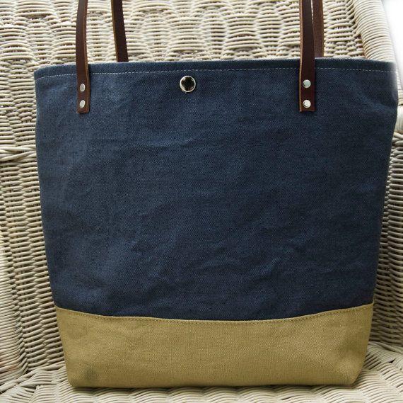 Handmade Tote spalla lino borsa borsetta inchiostro blu e sabbia lino irlandese con cinghie di cuoio marrone