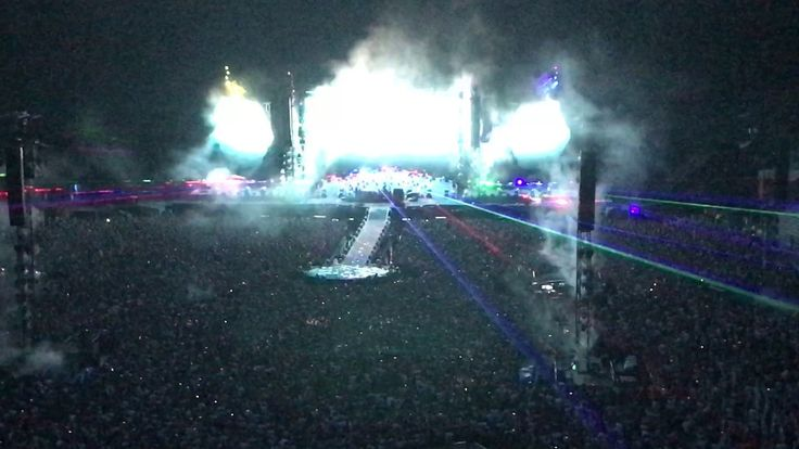 Midnight, Charlie Brown @ Coldplay LIVE at Paris (18.07.2017)