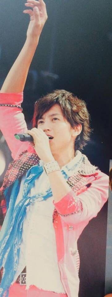 He is Tadayoshi Okura from Kanjani eight in Japan .